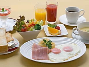 洋朝食 840円